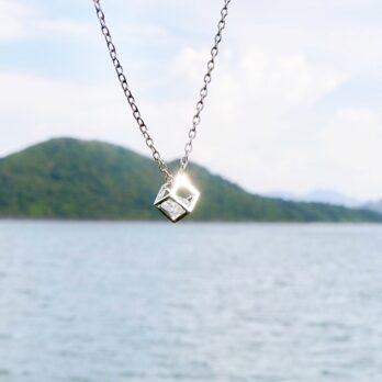 立體正方水鑽頸鏈